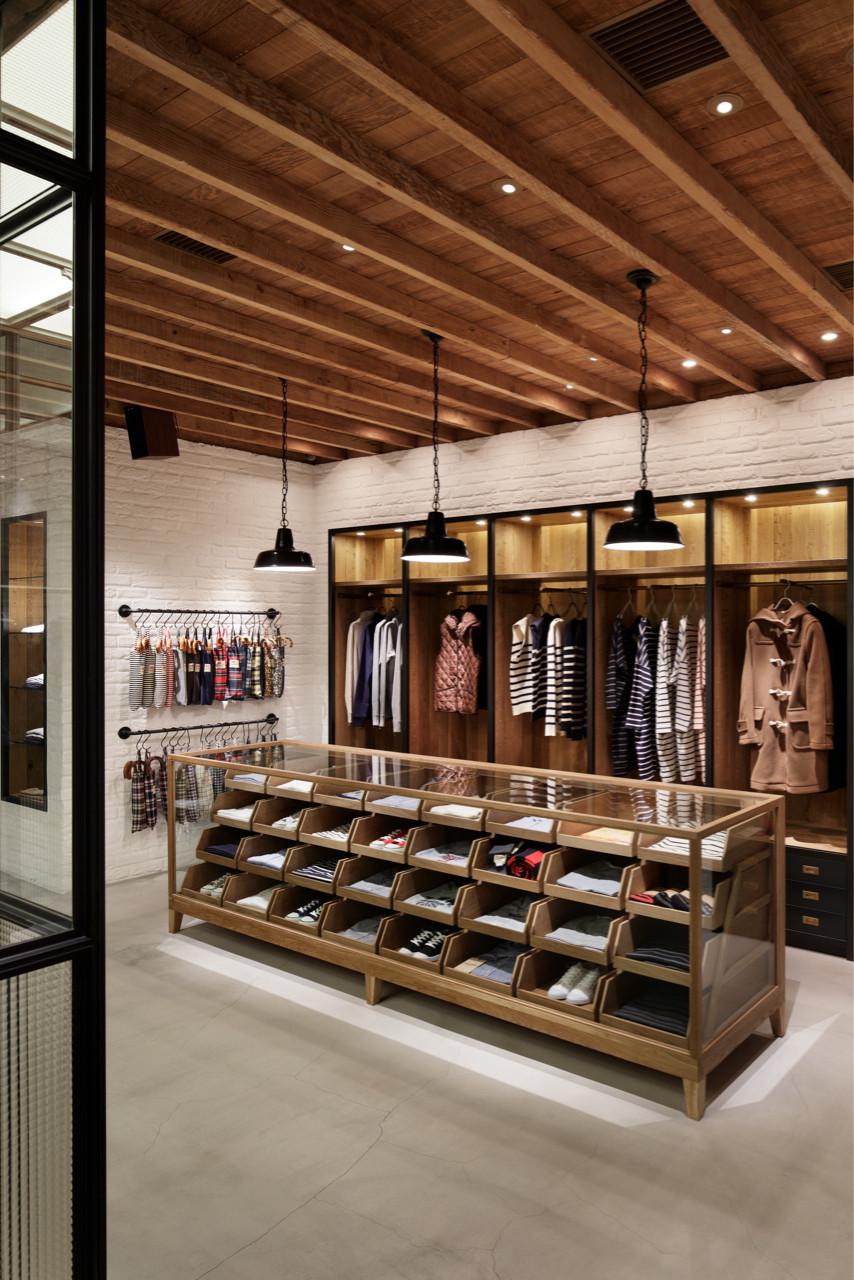 Traditional Weatherwear Aoyama Store Wonderwall